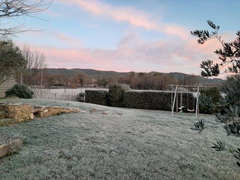 vue collines hiver matin